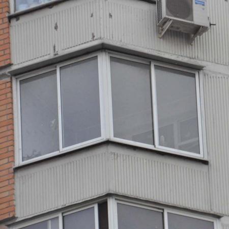 Остекление балкона утюжка.